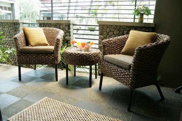 Möbel-aus-Polyrattan-terrasse
