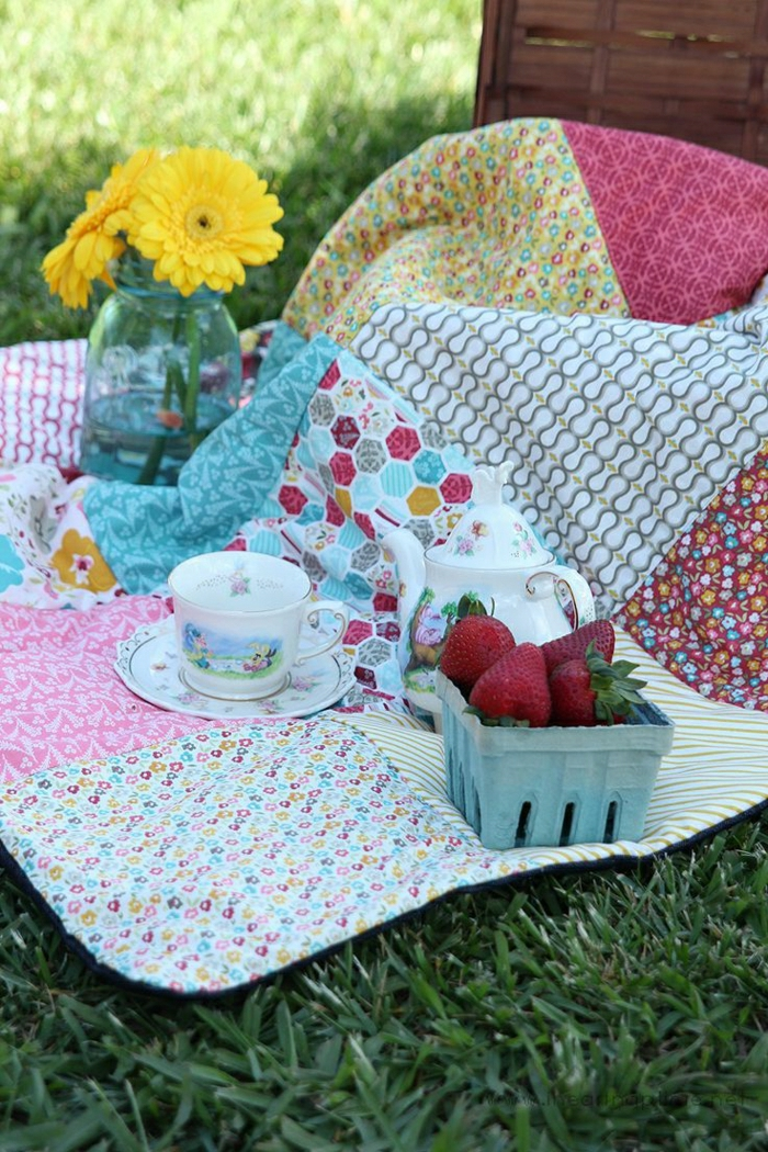 Patchwork-Decke-shabby-chic-Piknik