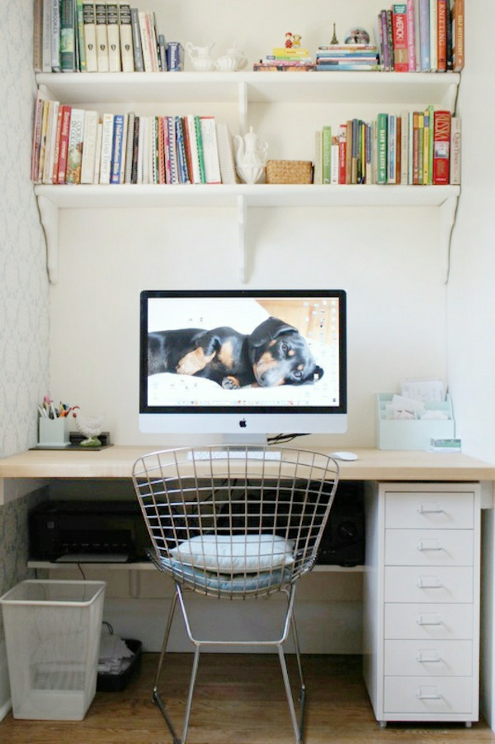 Schreibtisch-Schubladen-Stuhl-originelles-Design-Mac-Emier-Regale-Bücher
