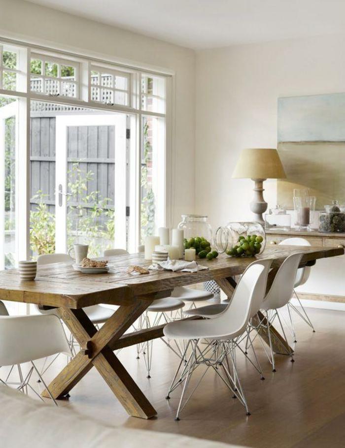 Tisch-mit-Stühlen-landhaus-groß-holz