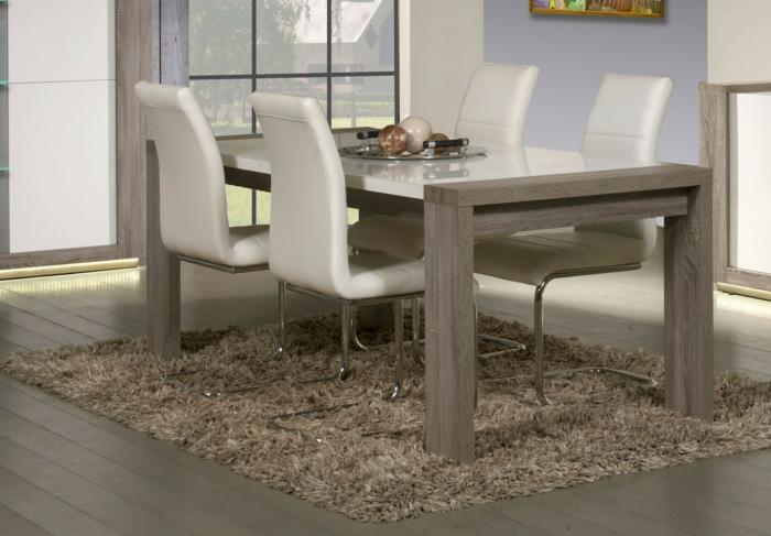 Tisch-mit-Stühlen-modern-design
