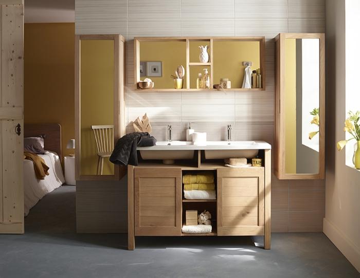 Wandschrank-für-Badezimmer-holz-hell-spiegel