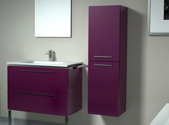 Wandschrank-für-Badezimmer-lila-spiegel