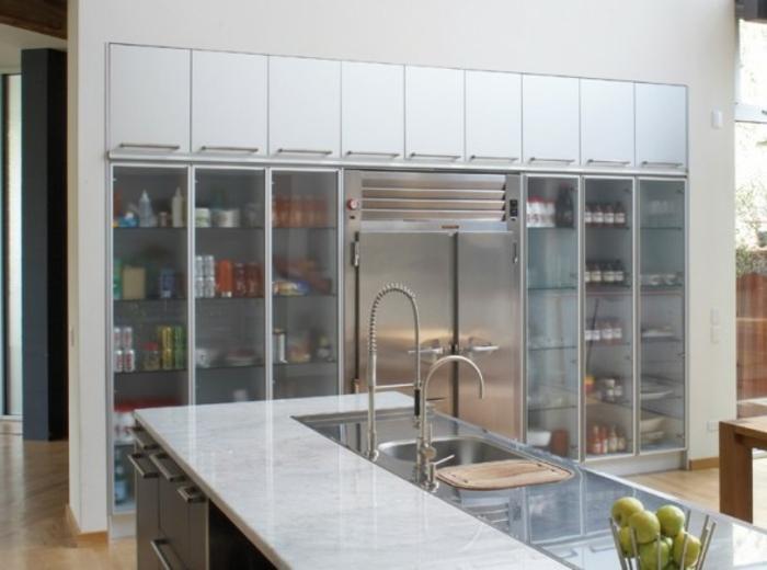 Wandschrank-für-Küche-Aufbewahrung