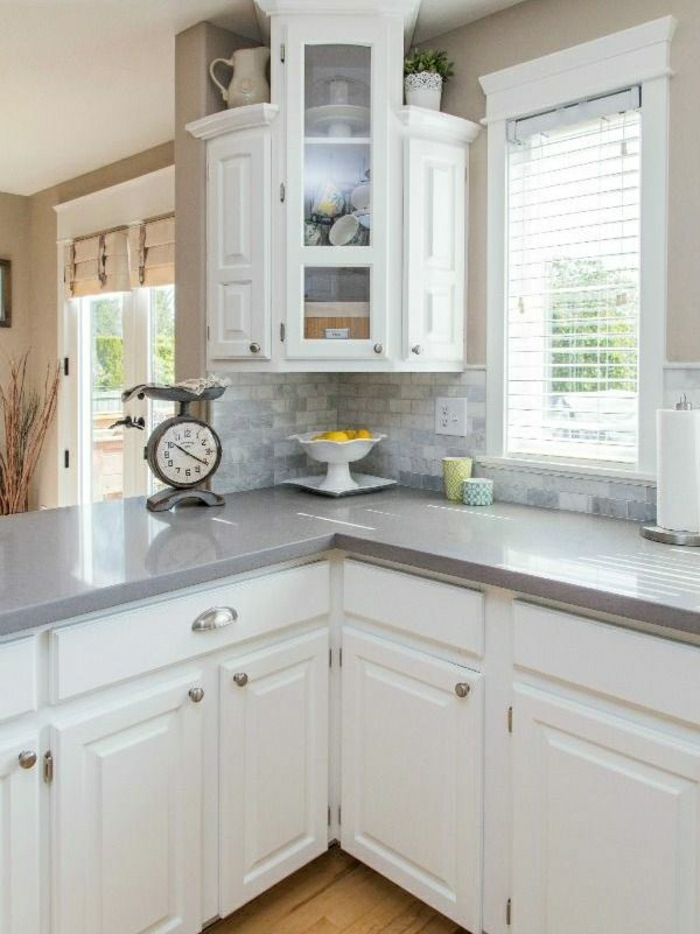 Wandschrank-für-Küche-ecke-resized