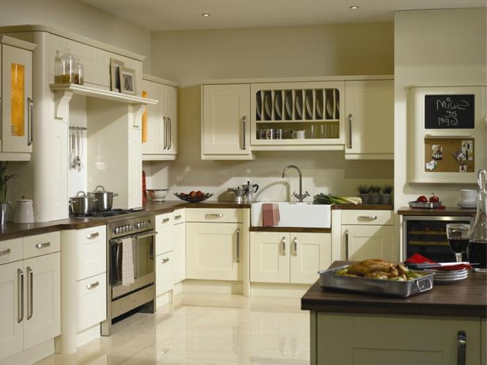 Wandschrank-für-Küche-neutral