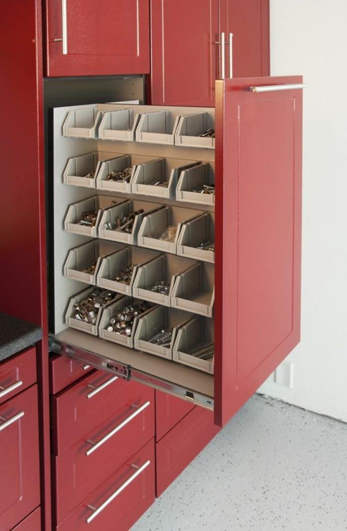Wandschrank-für-Küche-rot
