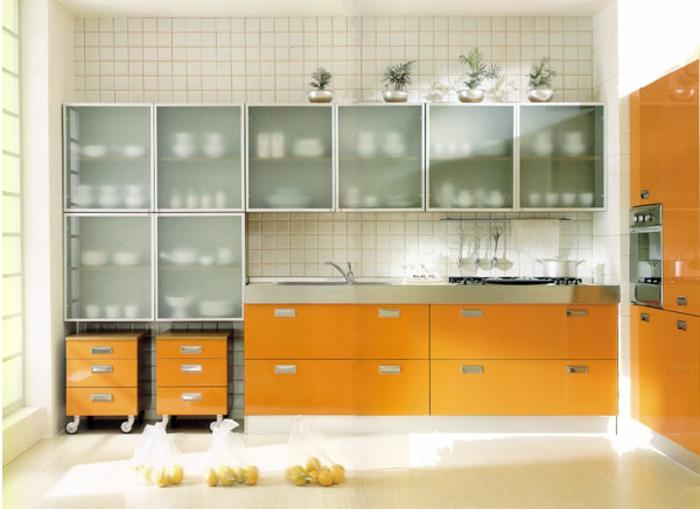 Wandschrank-für-Küche-schranktüren-aus-glas