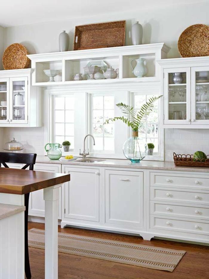 Wandschrank-für-Küche-weiß-deko-kork