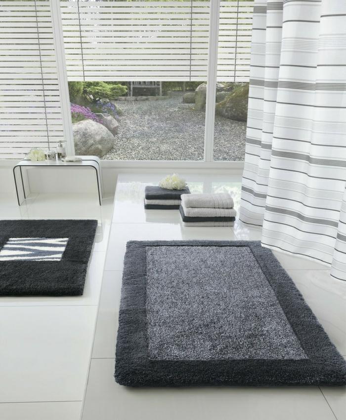 Zubehör-Bad-Wanne-Teppich-grau-for-Badewanne-mit-großen-Fenstern