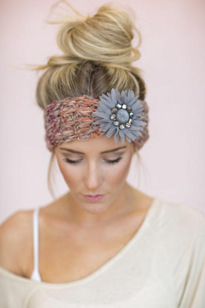 accessoires-nähen-und-stricken-haarband-mit-einer-blume