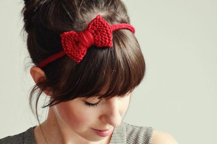 accessoires-nähen-und-stricken-rote-schleife