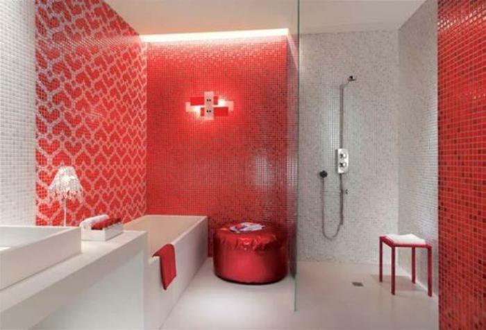 Badezimmer mit mosaik gestalten 48 ideen for Rote fliesen bad