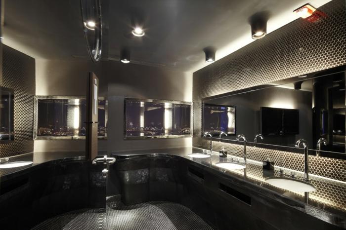 badezimmer-mit-mosaik-schöne-schwarze-gestaltung