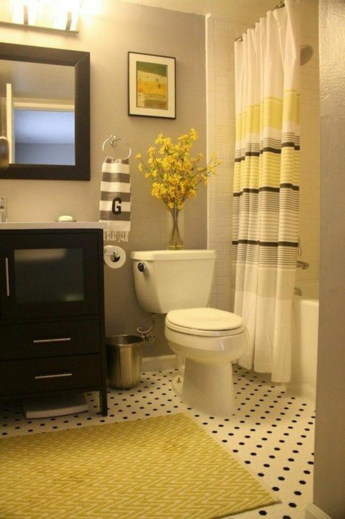 badezimmer- teppich-kleines-Badezimmer