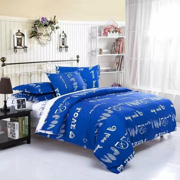 bettwäsche-in-blau-modernes-aussehen