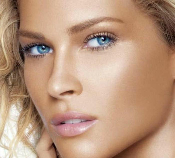 Blaue Augen Betonen Ein Paar Coole Tipps