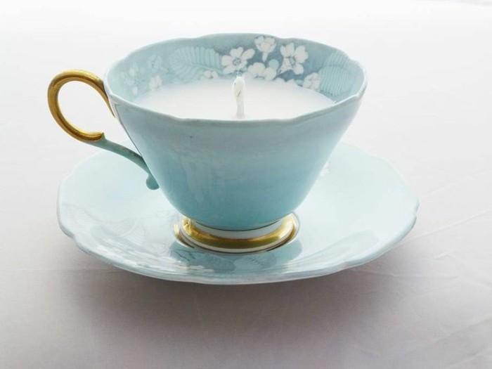 blaues-geschirr-interessante-tasse