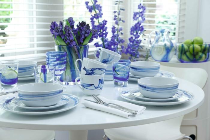 blaues-geschirr-wunderschönes-design