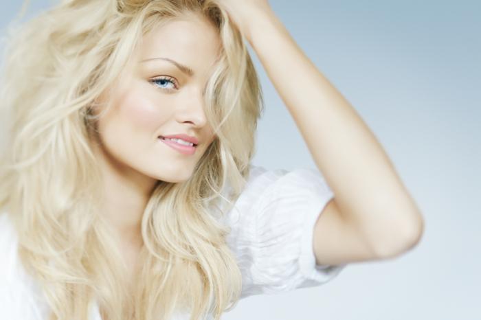 blonde haare sind immer im trend. Black Bedroom Furniture Sets. Home Design Ideas