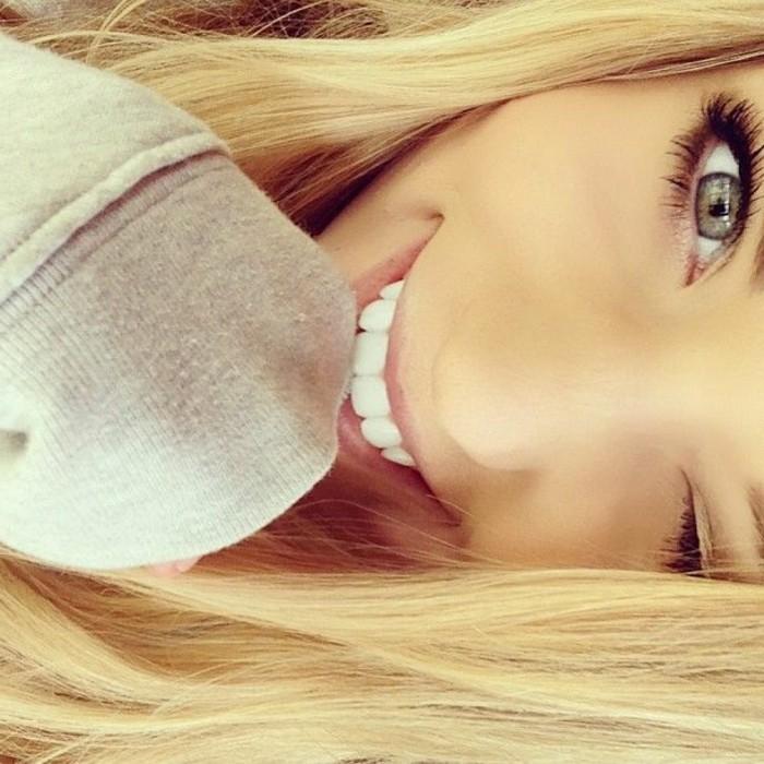 blonde-haare-wunderschönes-mädchen