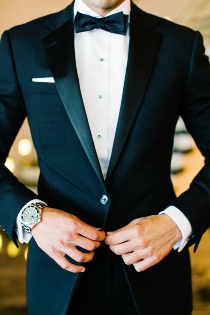 bräutigam-mode-kostüm-in-schwarz-und-weißes-hemd