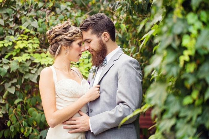 bräutigam-mode-schönes-liebespaar