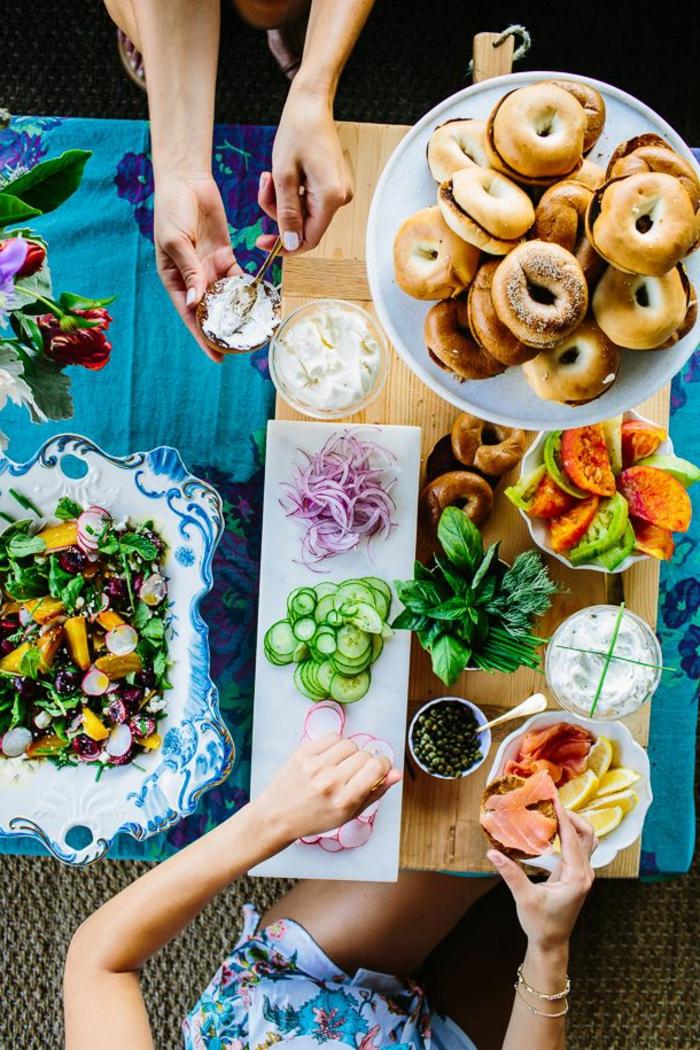 buffet-ideen-buntes-foto-von-oben-genomen