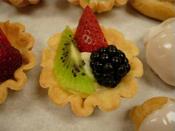 buffet-ideen-interessante-süßigkeiten