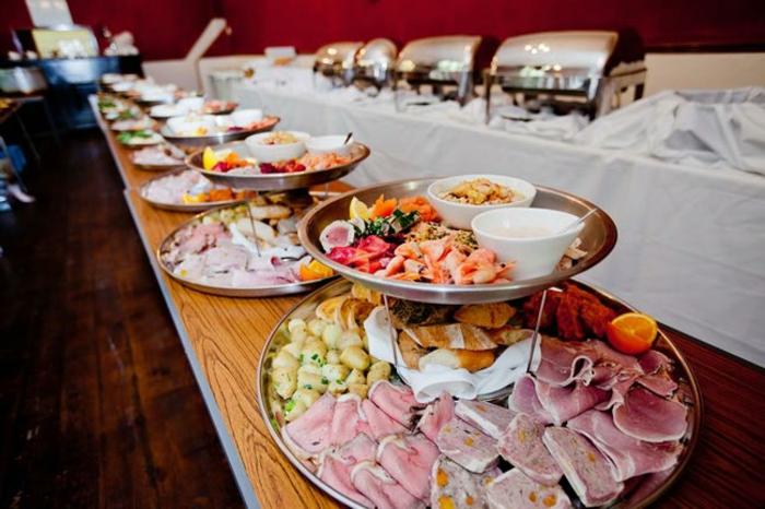 buffet-ideen-super-schöne-teller