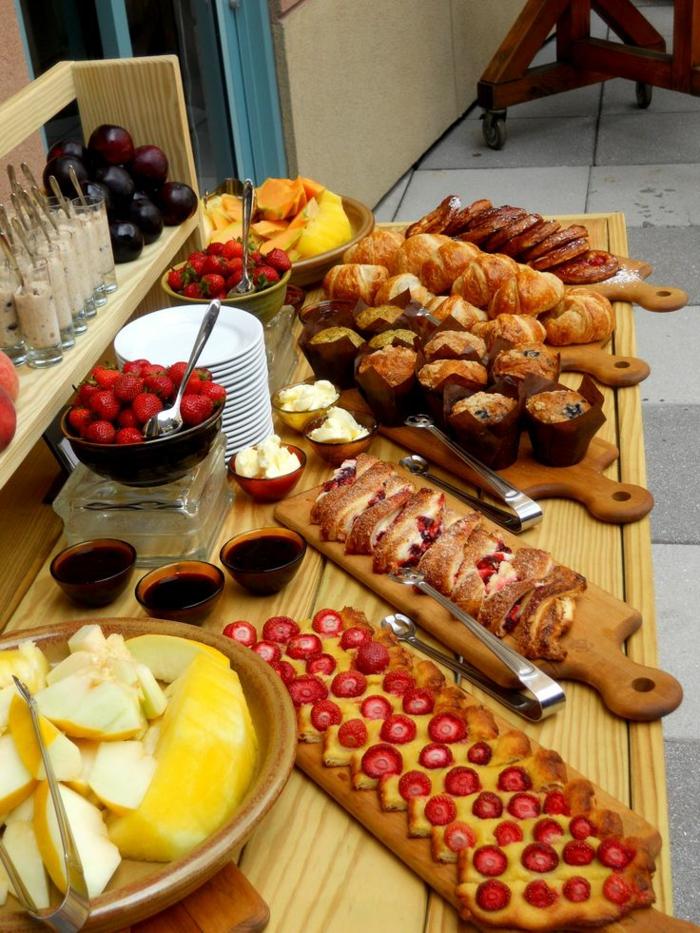 buffet-ideen-wunderschöner-frühstück