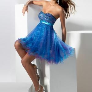 40 unglaubliche Modelle Cocktailkleid in Blau!