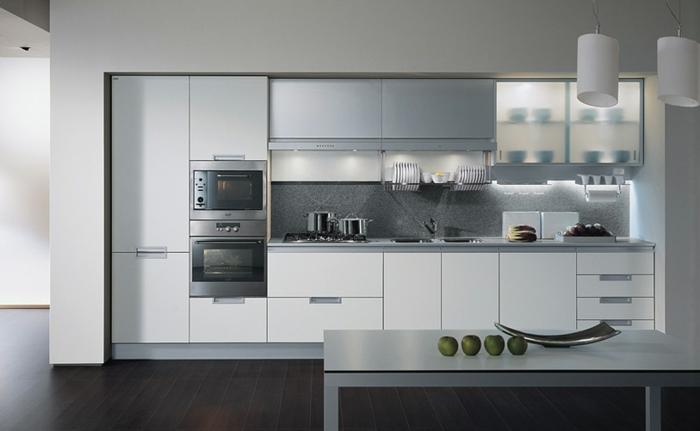 einbauküche-planen-wunderschönes-weißes-design
