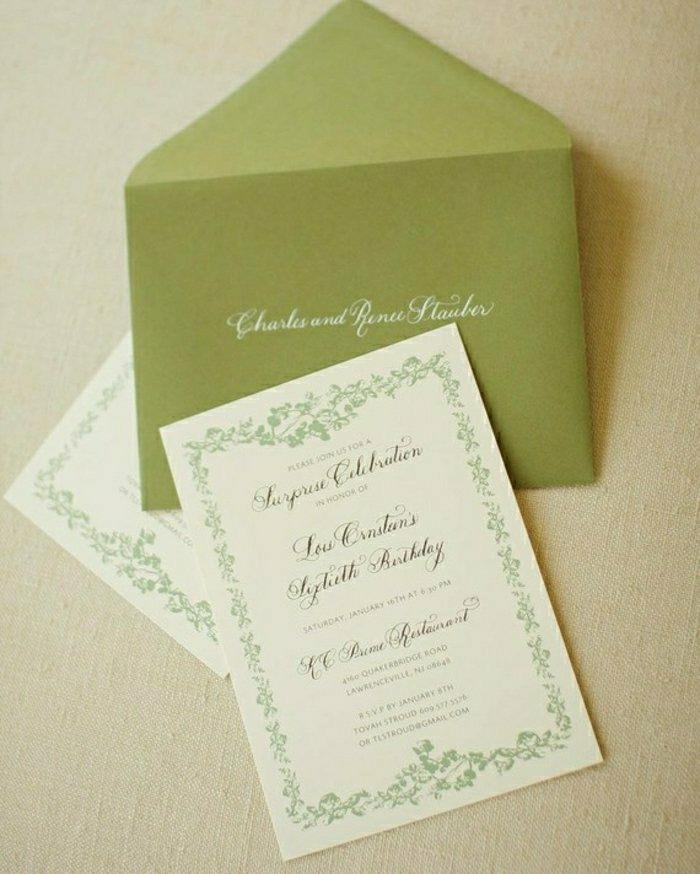 Die goldenen Akzente an den Einladungskarten und Briefumschlägen ...