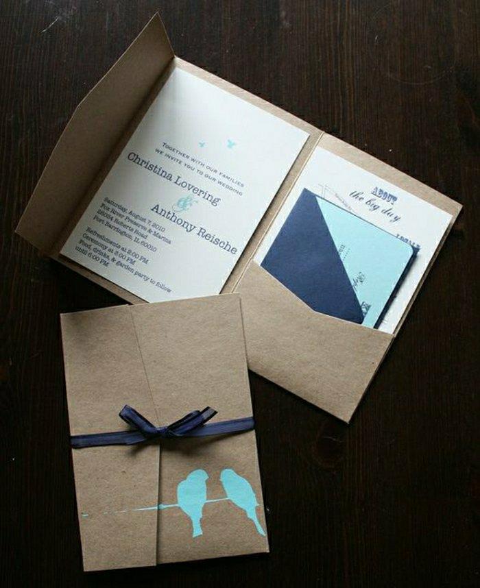 einladungskarten-selbst-gestalten-Liebesvögel-Zeichnung-dunkelblaues-Band