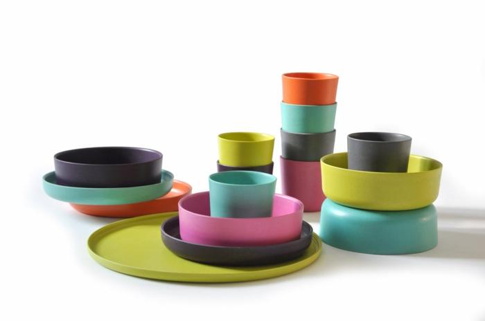 farbige-Bambus-Schalen-Becher-Teller-Geschirr-Kinder-Set