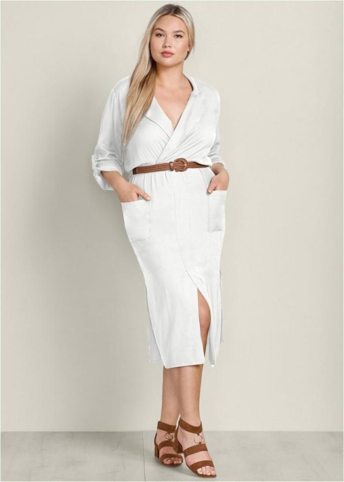 festliche mode große größen, weißer hemdkleid mit ärmeln in kombination mit braunen schuhen und gürtel