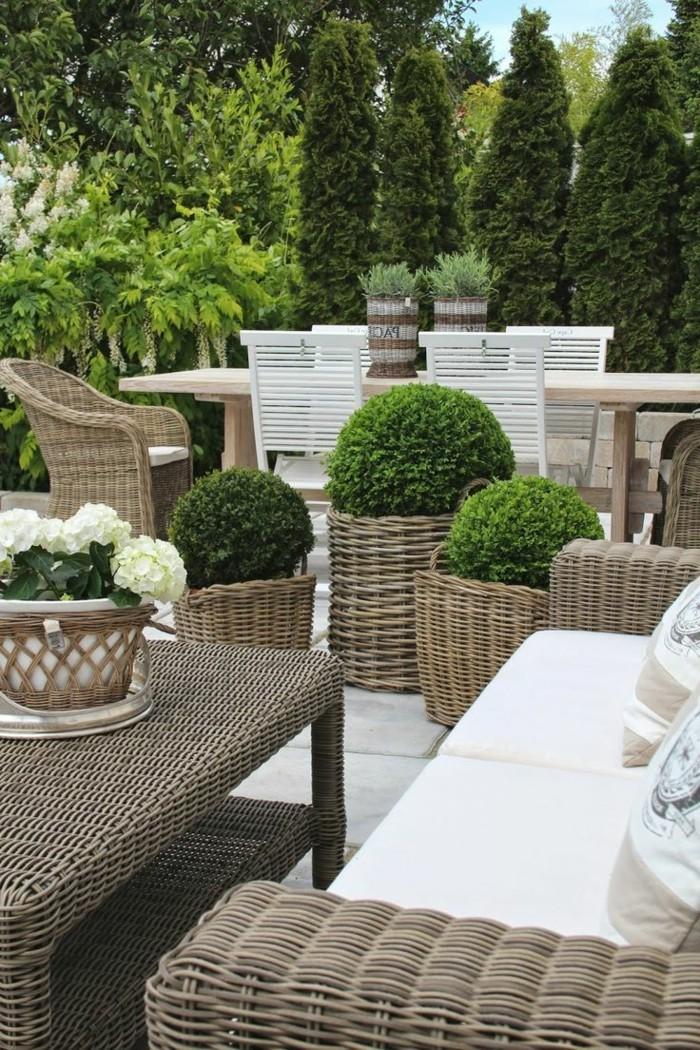 gartenmöbel-Rattan-rustikale-Garten-Gestaltung-Grün