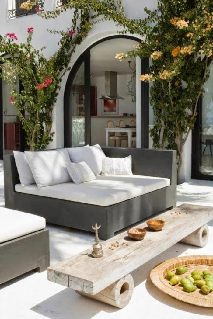 gartenmöbel-holz-rustikal-Couchtisch-Rollen-kreatives-Design-Früchte-Nüsse