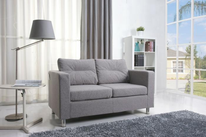 ein kleines sofa f r eine kleine wohnung. Black Bedroom Furniture Sets. Home Design Ideas