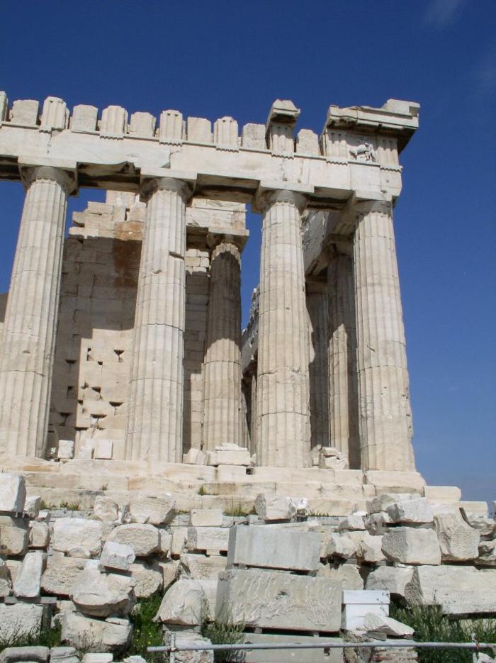 griechische-architektur-seh-große-säule