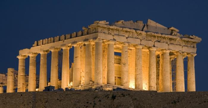 griechische-architektur-wunderschöne-beleuchtung