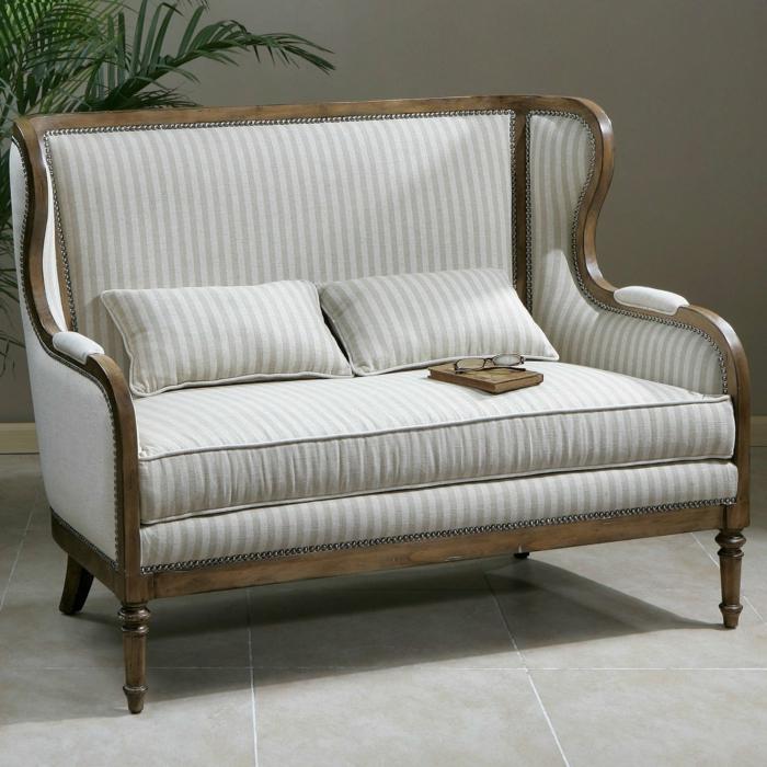 großartiges-vintage-Sofa-Kissen-aristokratisches-Design