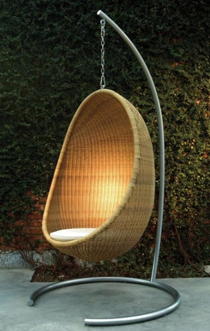 hängesessel-aus-polyrattan-sehr-kreative-beleuchtung