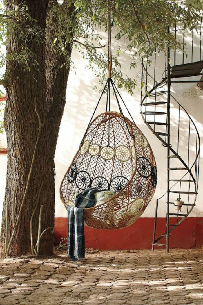 einige sehr sch ne h ngesessel aus polyrattan. Black Bedroom Furniture Sets. Home Design Ideas