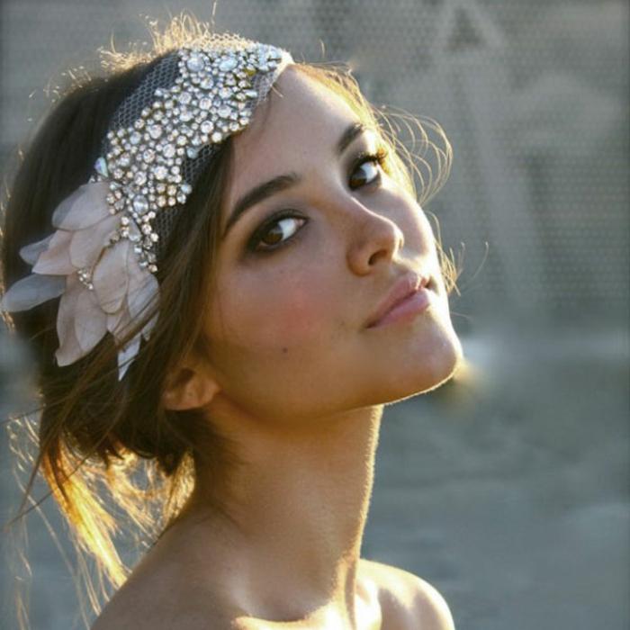 haar- accessoires-braune-schöne-haare