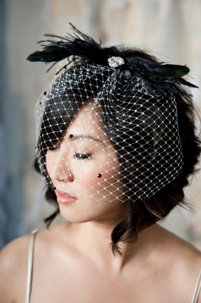 haar- accessoires-hochzeit-kurze-schwarze-frisur