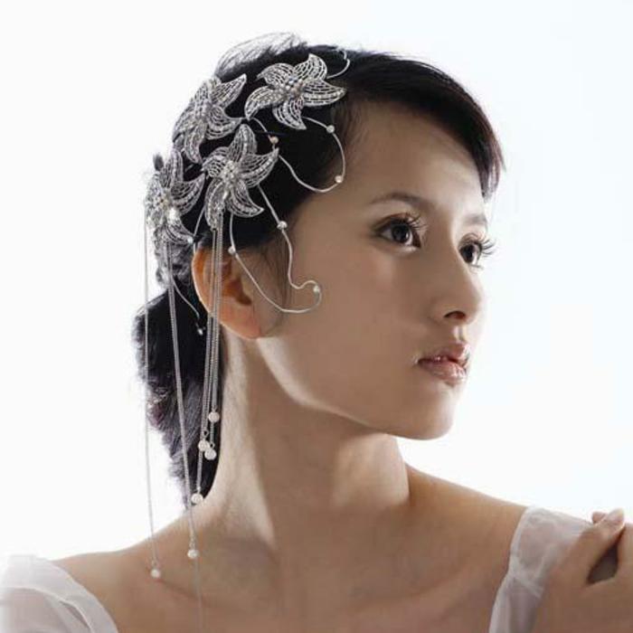 haar- accessoires-sehr-interessant-und-weiblich