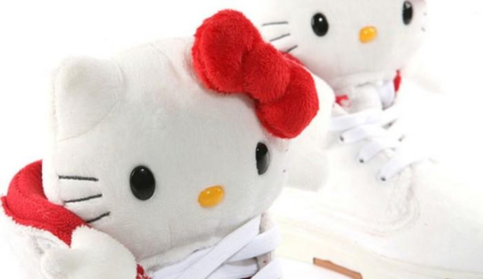 wir präsentieren ihnen das hello kitty plüschtier! - archzine, Wohnzimmer dekoo