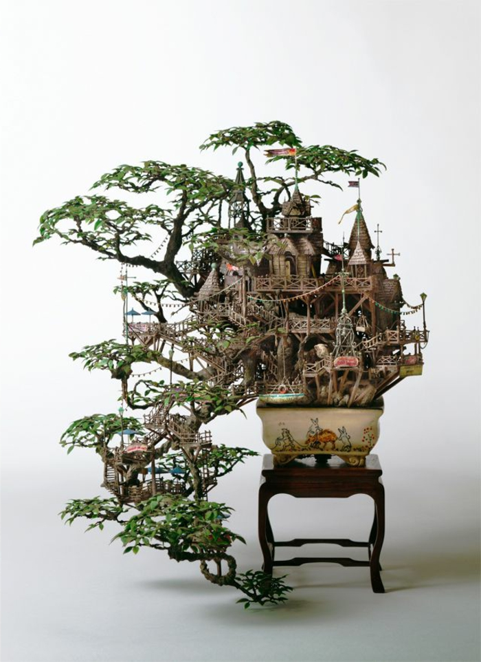 japanische-Bonsai-Kunst-Liliputaner-Stadt